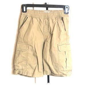 Like New!  Boys Cargo Shorts Size 8